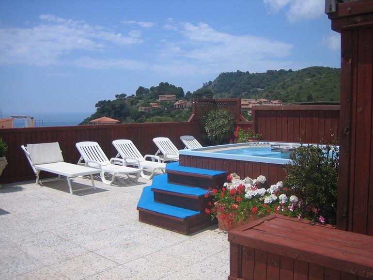 Hotel Telamonio>