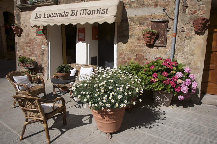 BED AND BREAKFAST LA LOCANDA DI MONTISI