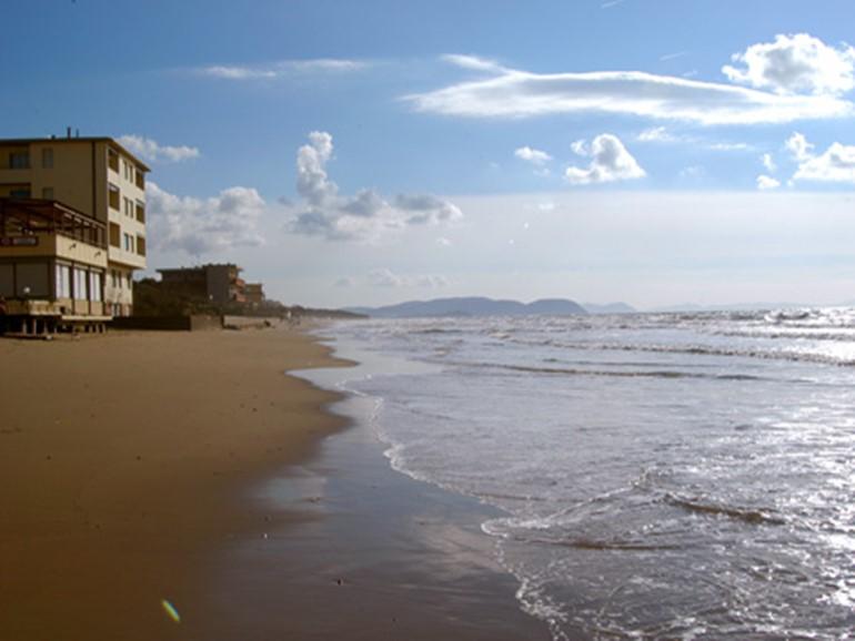 Agenzia Immobiliare La Vela>