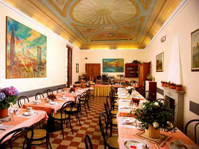 Alberghi Hotel Casci>