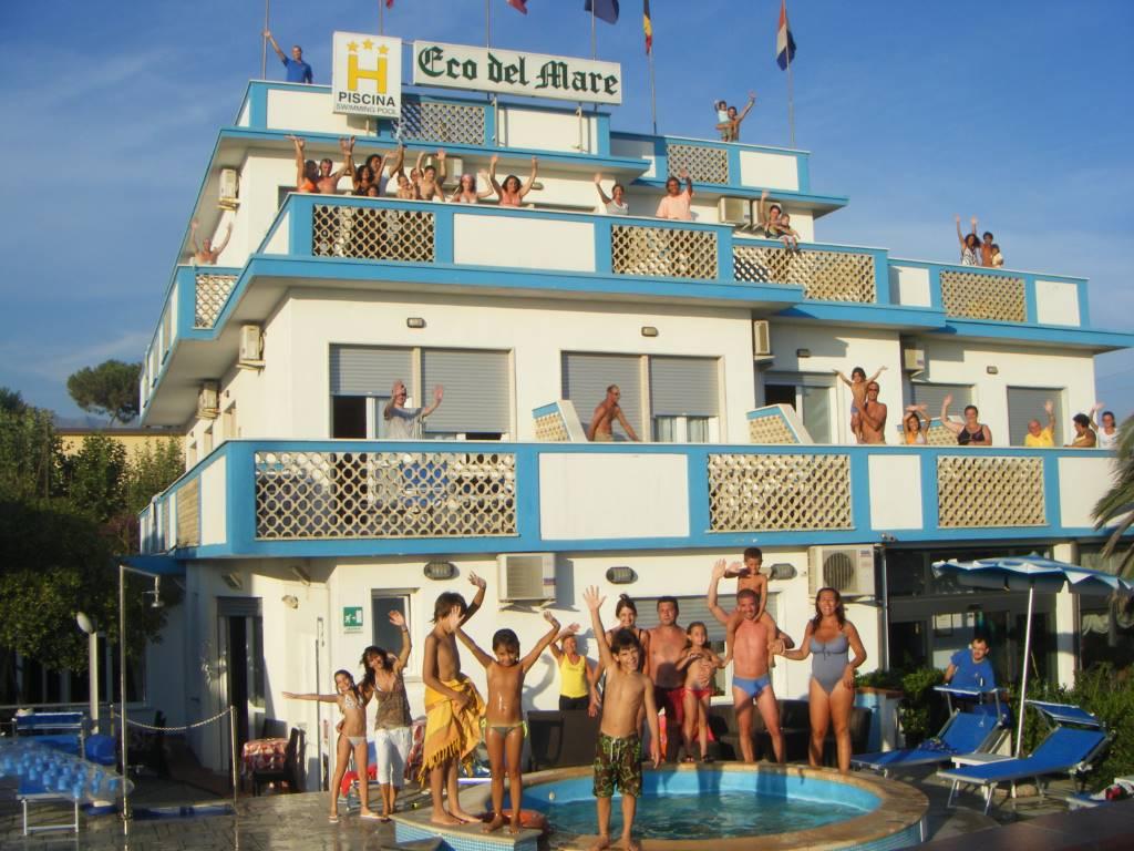 Alberghi hotel eco del mare a marina di massa - Bagno mistral marina di carrara prezzi ...