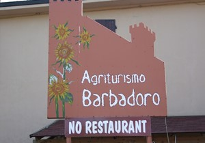 FARM HOLIDAYS BARBADORO