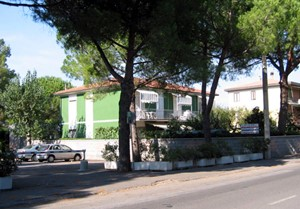 HOLIDAYS HOUSE VILLA EDI