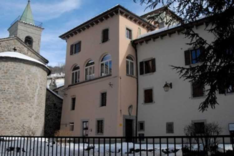 agenzia immobiliare Palazzo Bondi Santi Fiumalbo