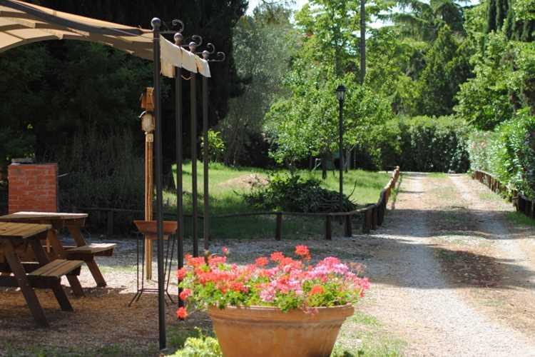Farm Holidays VILLA I TIGLI Campiglia Marittima