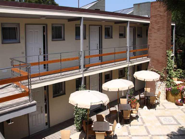 residence Casa di Caccia Marina di Bibbona