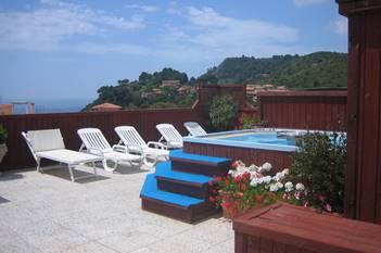 Hotel Telamonio