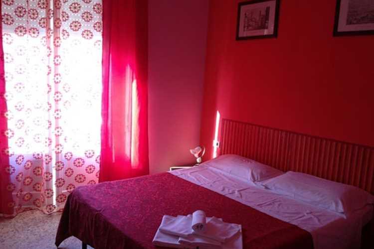 Room Affittacamere La Guglia Follonica