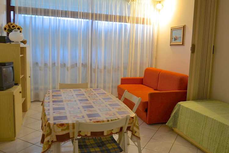 Real estate agency Marinetta Vacanze Marina di Bibbona