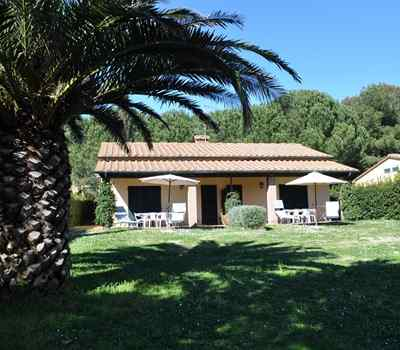 Offer Gulf of Baratti beach apartments available last summer