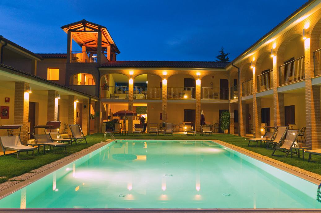 Comprare albergo a Orbetello