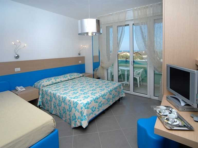 Hotel VILLA MARCELLA HOLIDAY BEACH San Vincenzo