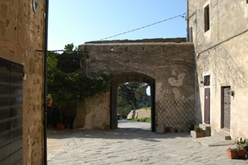 populonia not only etruscan
