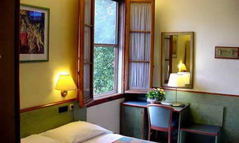 1 Hotel Casci